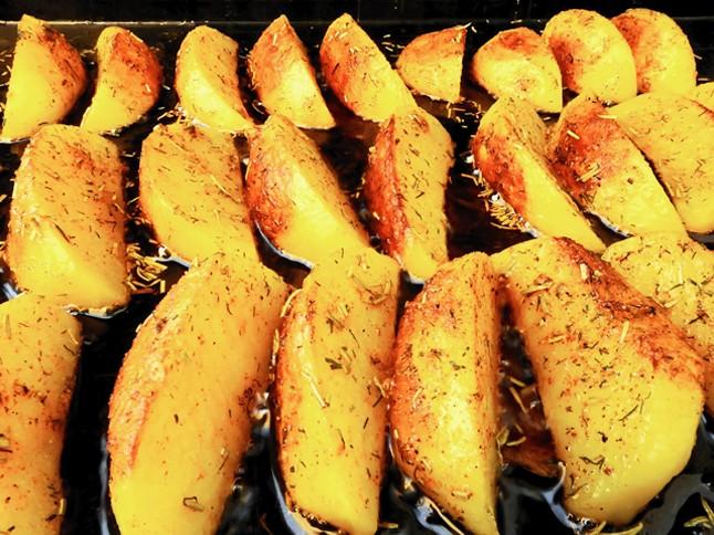 Garlic Spiced Potatoes